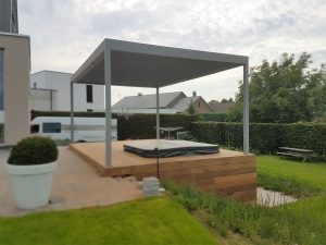 JR Woodprojects Terras met Jacuzzi